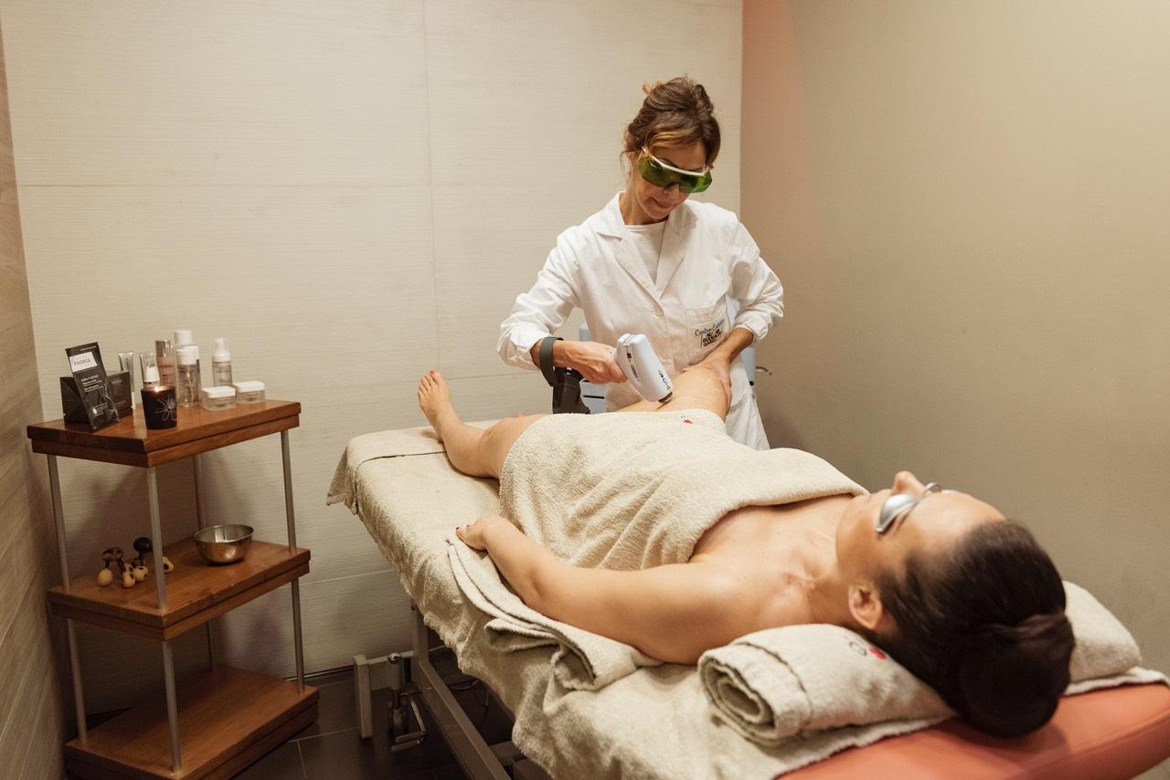 Laser Doppia Onda, una nuova tecnologia per una pelle più liscia