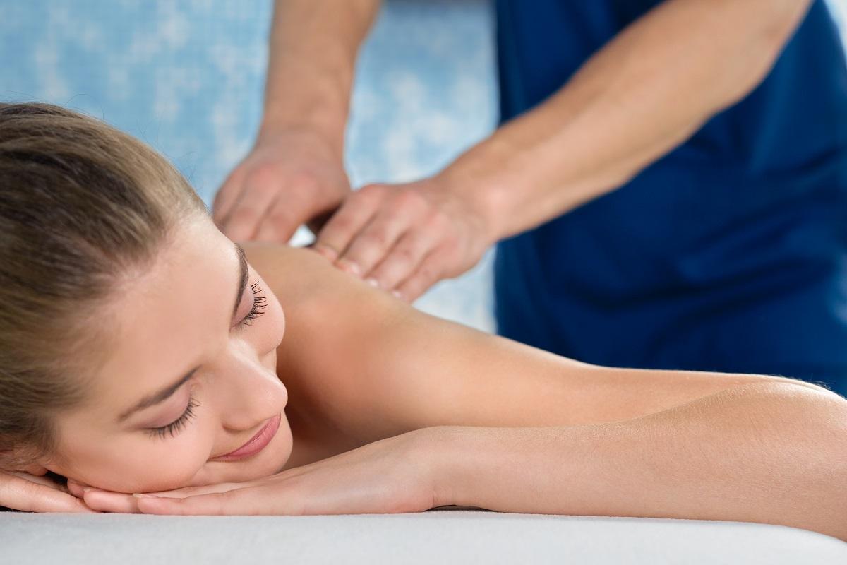 Il massaggio antistress: i benefici per la salute e per la bellezza